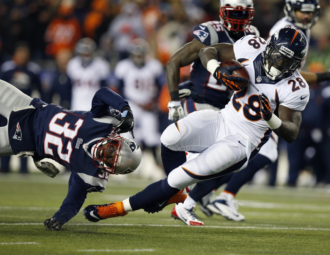 broncos-patriots-football-montee-ball-devin-mccourty_pg_600